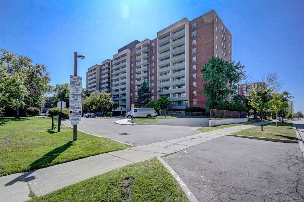 1001 - 19 Four Winds Dr