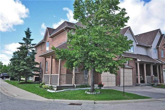 12 - 5223 Fairford Cres