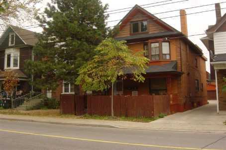 363 Lansdowne Ave