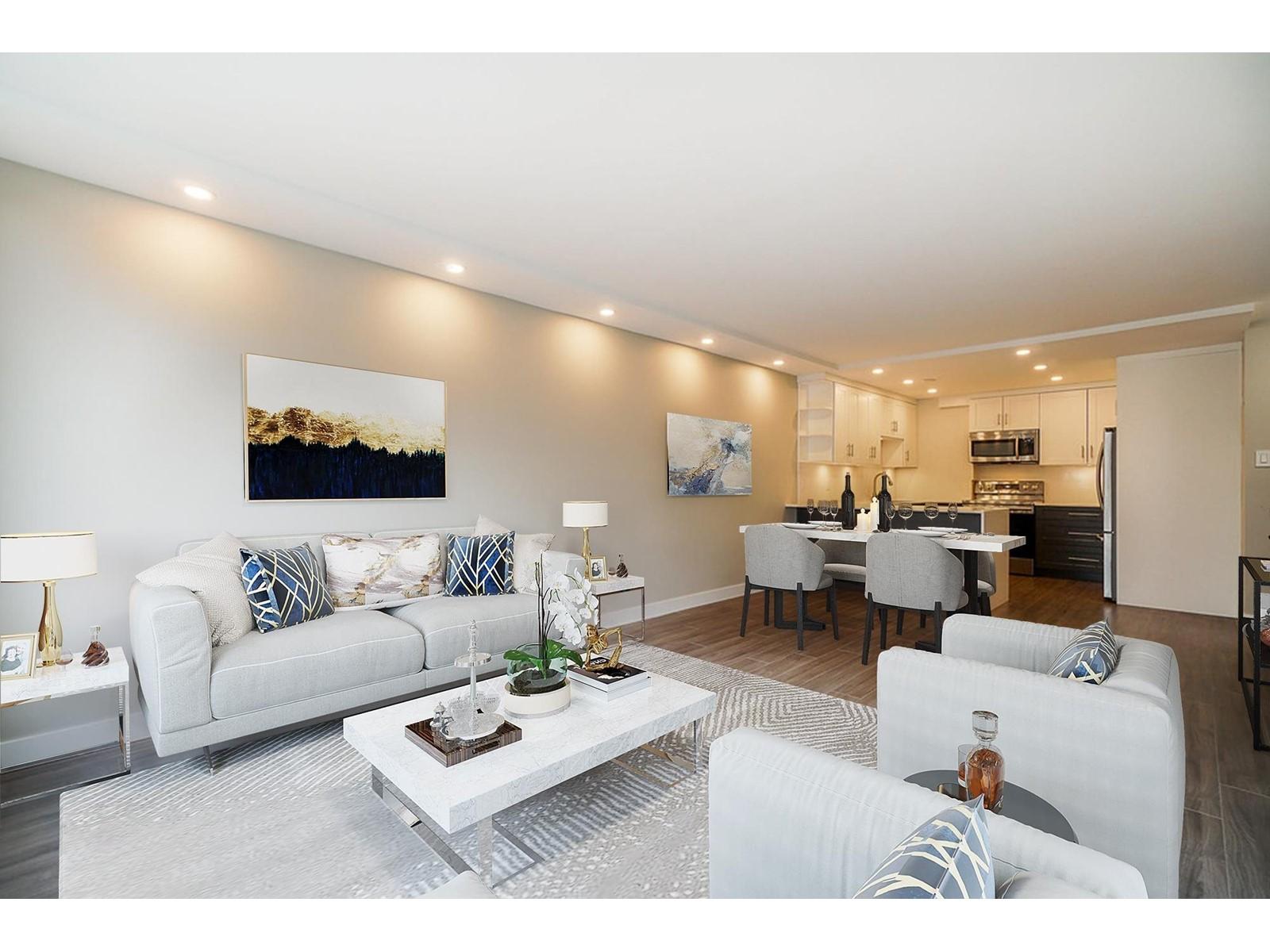 820 - 2012 Fullerton Avenue
