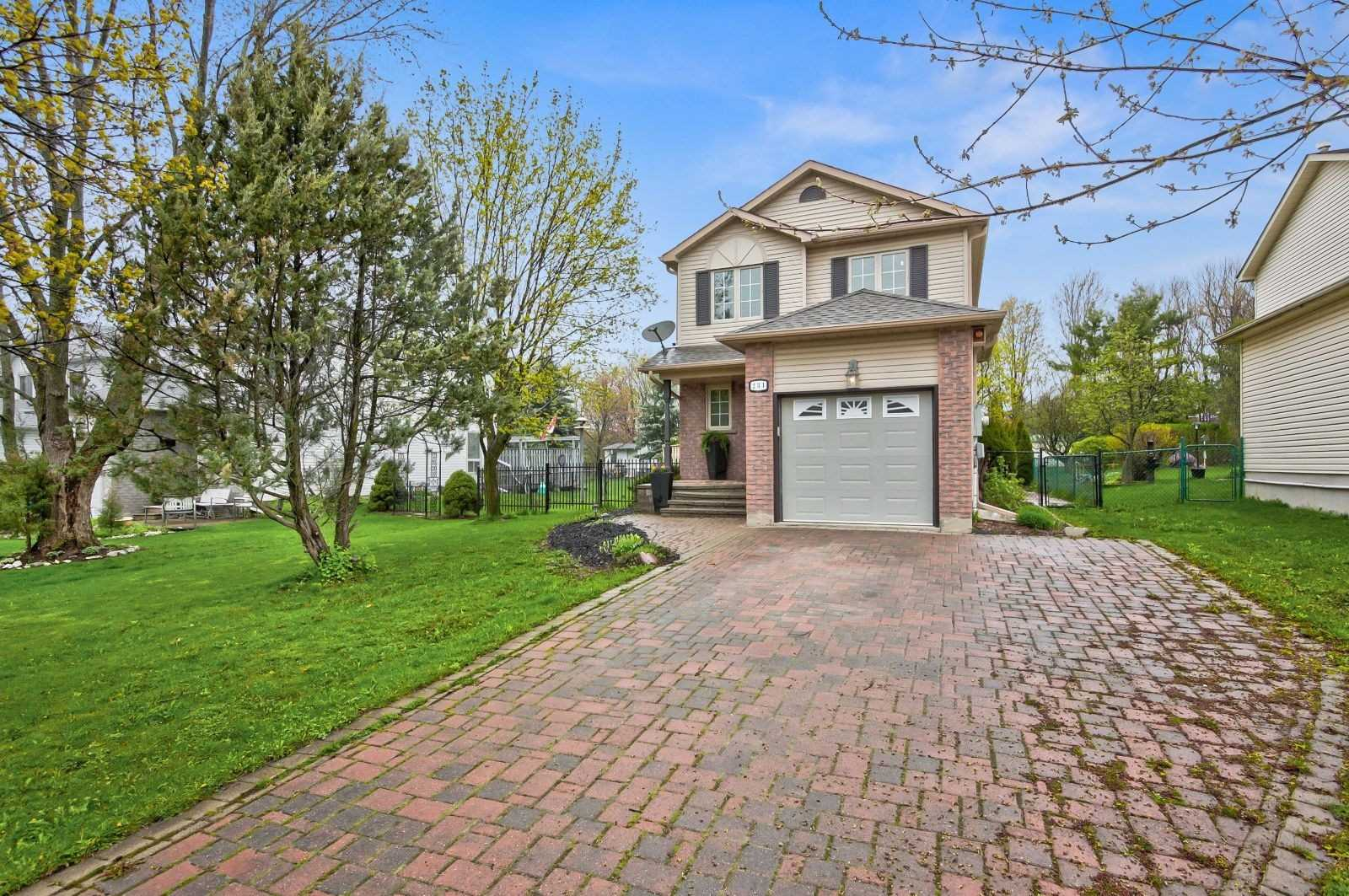 231 Mary Anne Dr