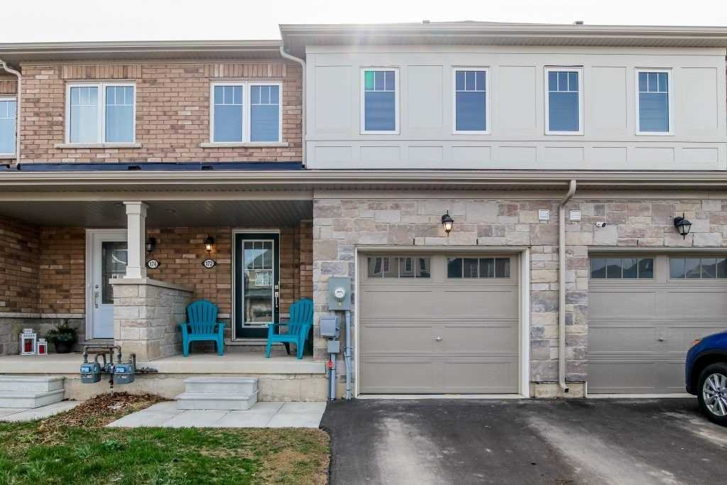 172 Esther Cres