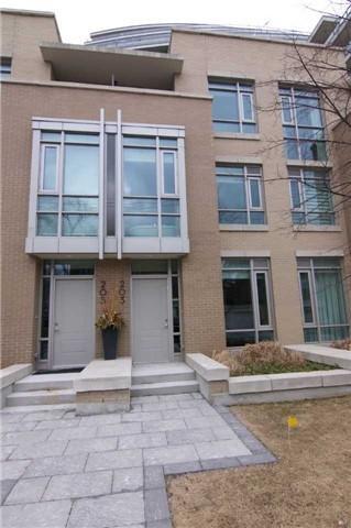 Th11 - 203 Duplex Ave