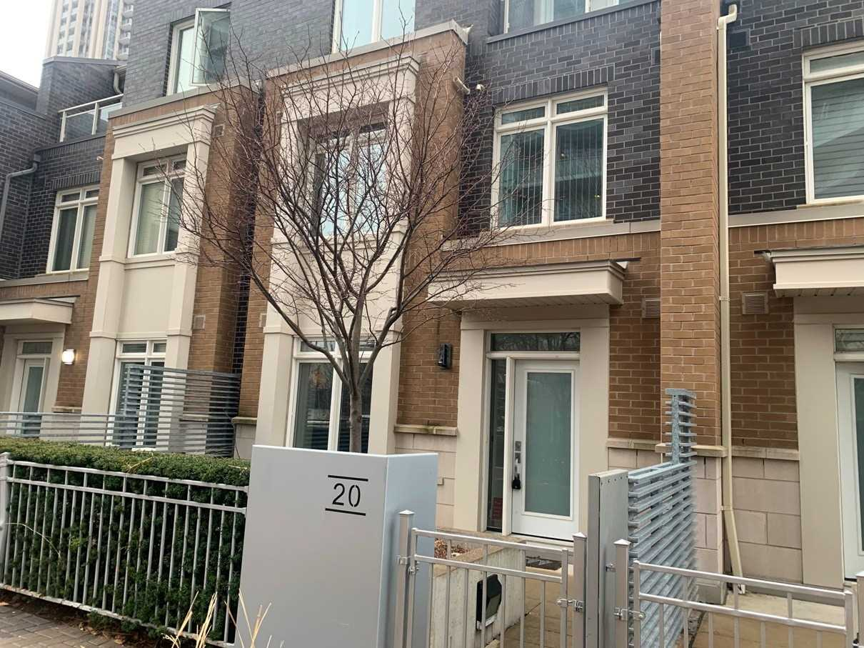 th20 - 370 Square One Dr
