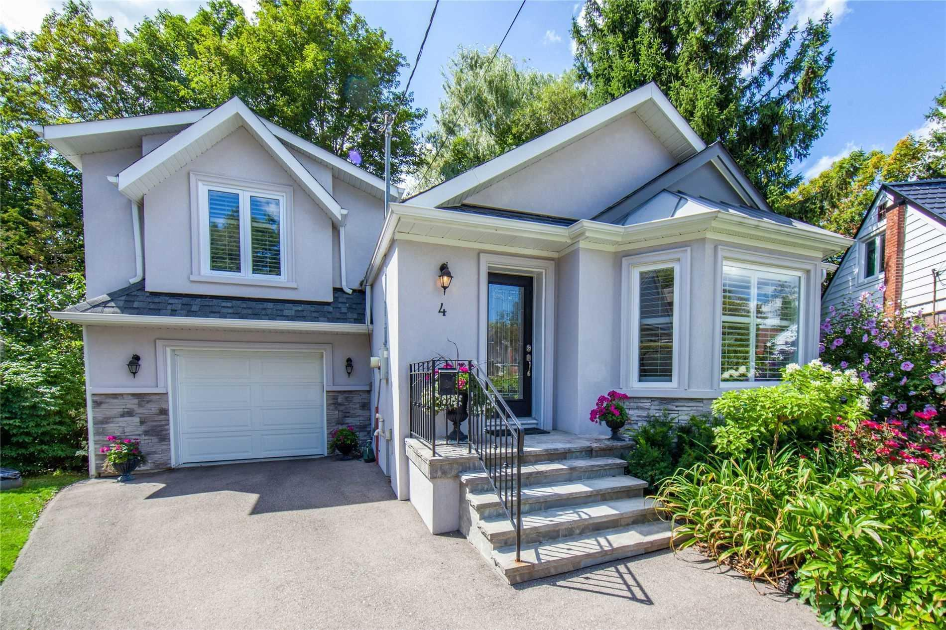 Houses for Sale in Toronto - Search MLS | Zoocasa
